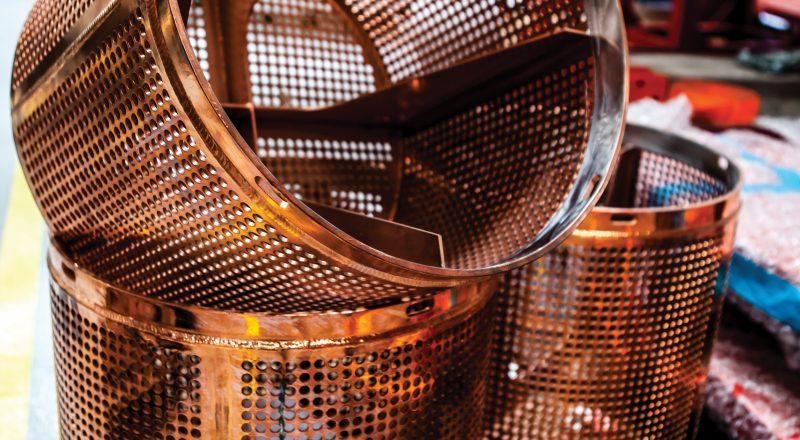 Pump suction basket